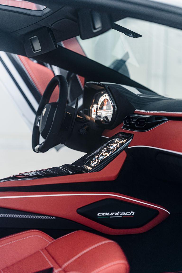 2022 Lamborghini Countach LPI 800-4 639832