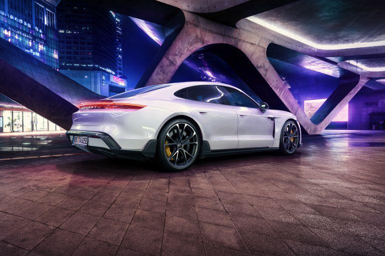 2021 Porsche Taycan with TechArt aerokit 640725
