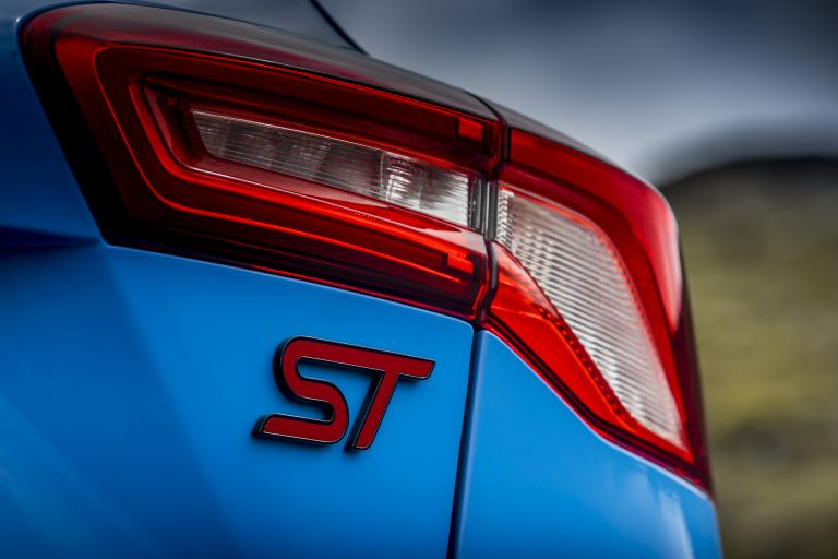2022 Ford Focus ST Edition - UK version 641210