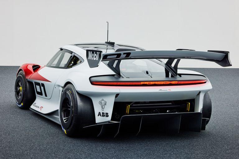 2021 Porsche Mission R concept 642513