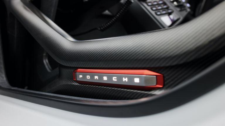 2021 Porsche Mission R concept 642538