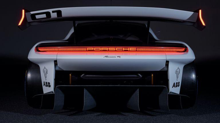 2021 Porsche Mission R concept 642539
