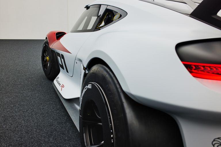 2021 Porsche Mission R concept 642542