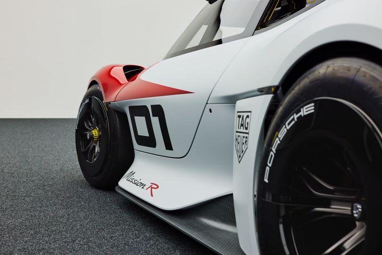 2021 Porsche Mission R concept 642543