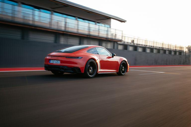 2022 Porsche 911 ( 992 ) Carrera 4 GTS 642697