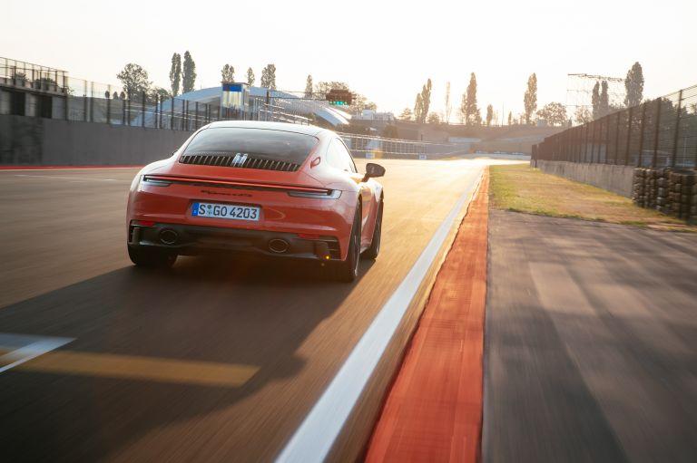 2022 Porsche 911 ( 992 ) Carrera 4 GTS 642703
