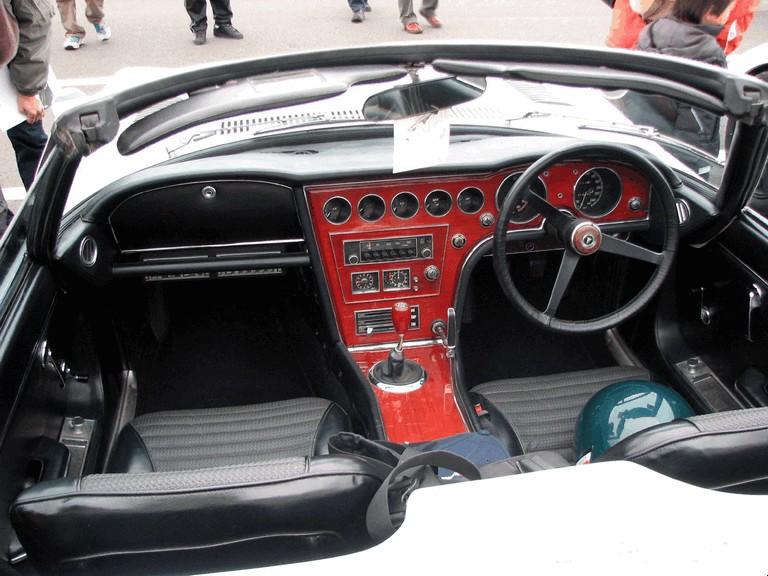 1967 Toyota 2000GT roadster 196406