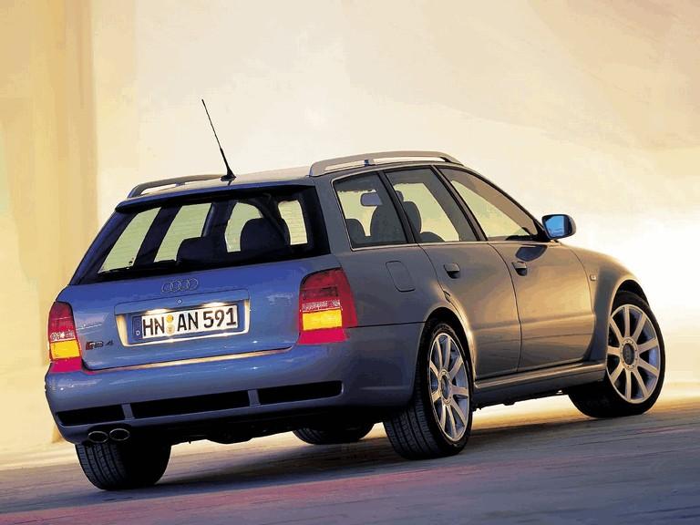2000 Audi RS4 196571