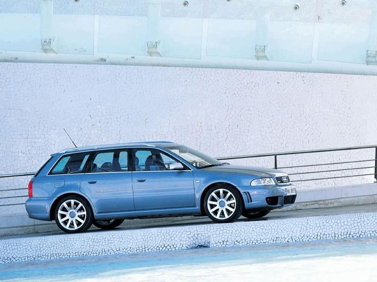 2000 Audi RS4 196575