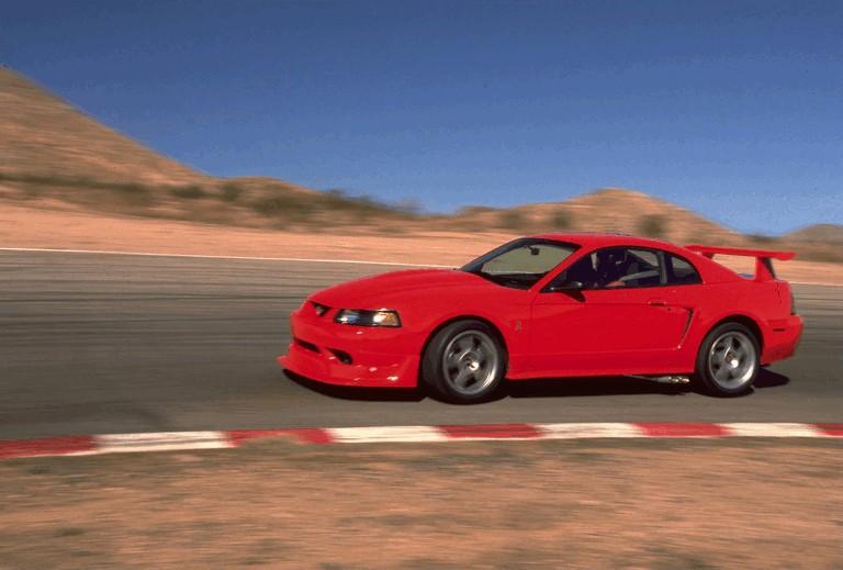 2000 Ford SVT Cobra R 482575