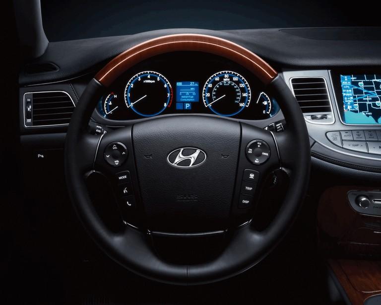 2009 Hyundai Genesis sedan 500312