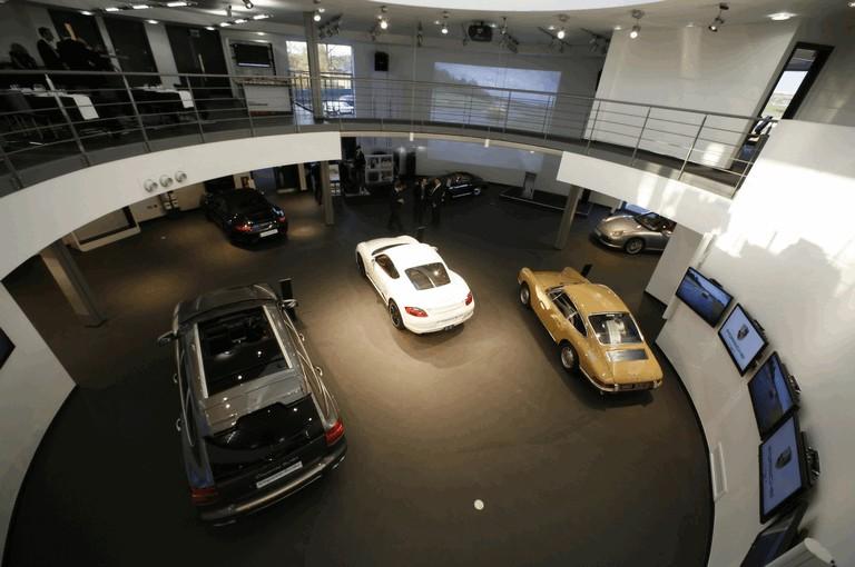 2009 Porsche driving experience centre at Silverstone 500786