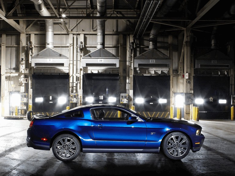 2010 Ford Mustang 241157