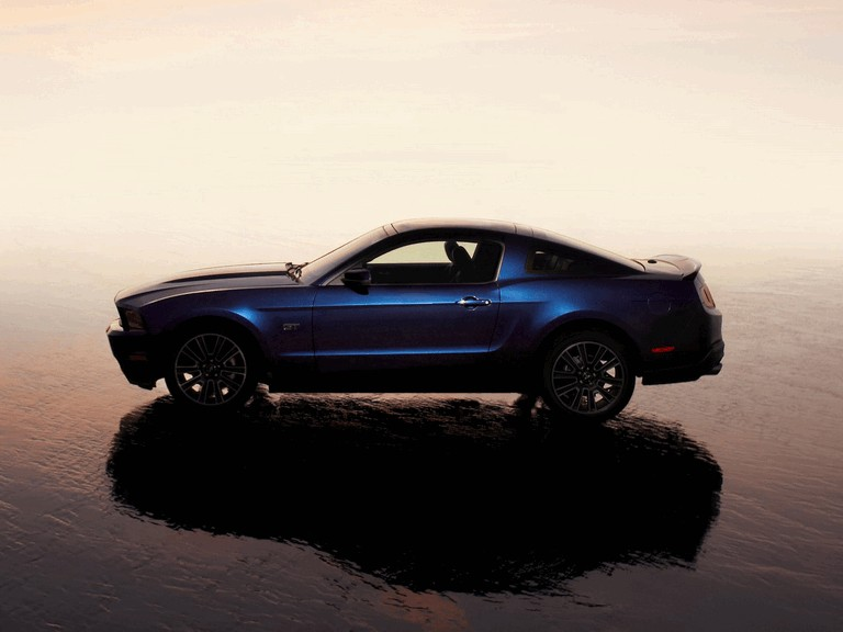 2010 Ford Mustang 241160