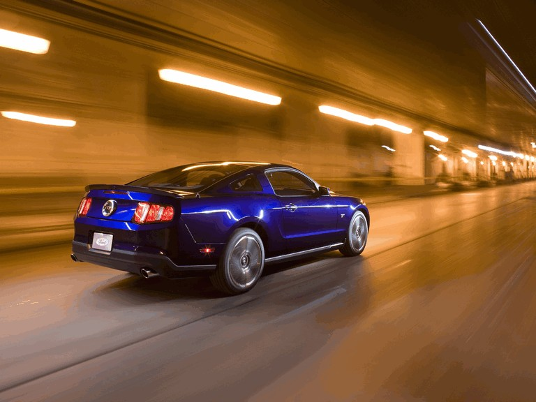 2010 Ford Mustang 241165