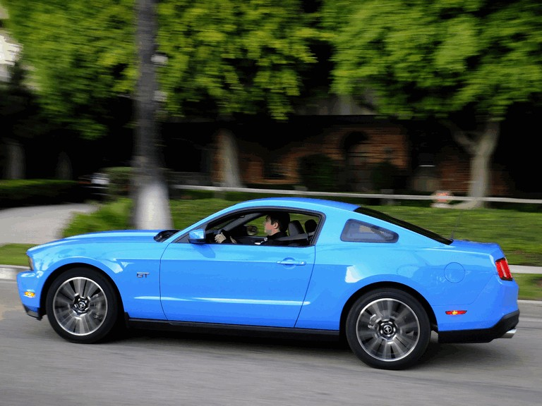 2010 Ford Mustang 241188