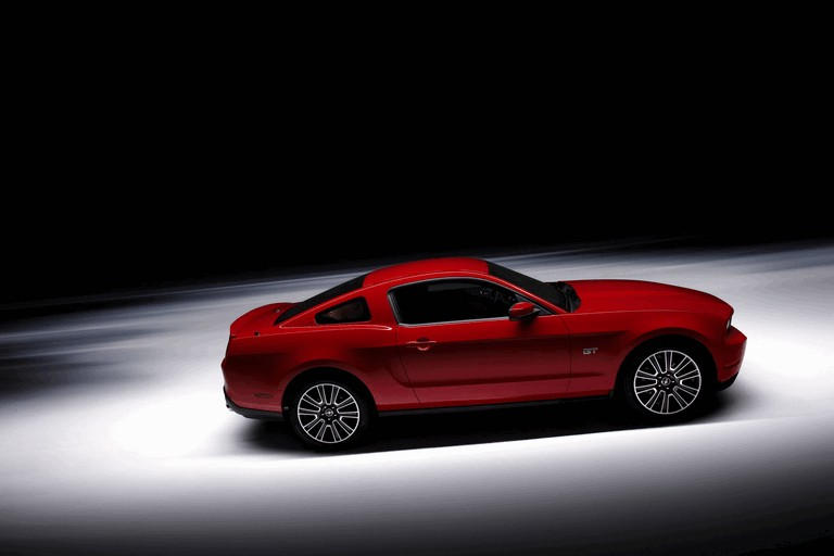 2010 Ford Mustang 241211