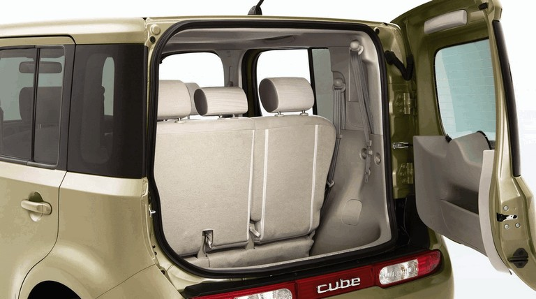 2010 Nissan Cube 241388