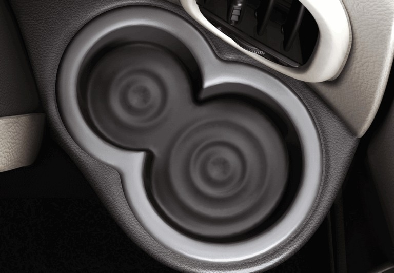 2010 Nissan Cube 241407
