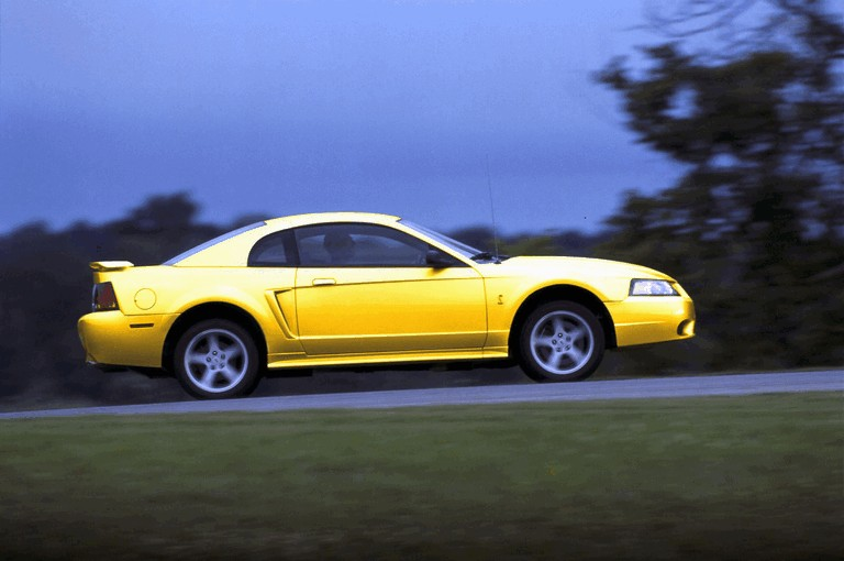 2001 Ford SVT Cobra 482978