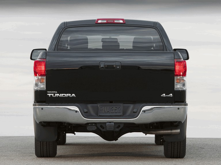 2009 Toyota Tundra CrewMax platinum package 249099