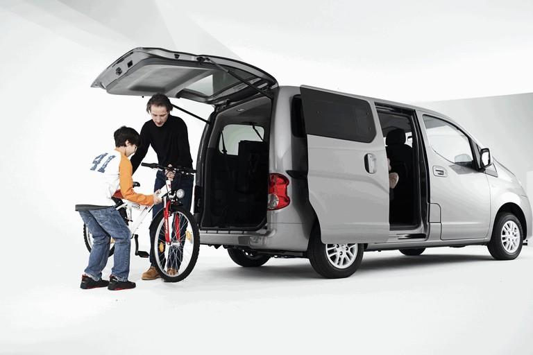 2009 Nissan NV200 251587