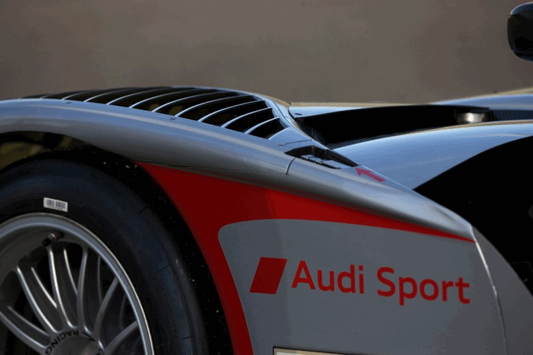 2009 Audi R15 TDi 251911