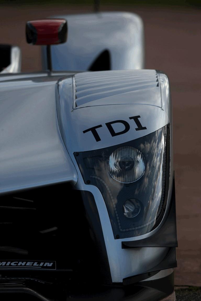 2009 Audi R15 TDi 251913