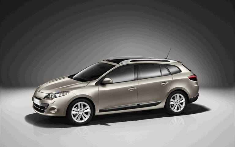 2010 Renault Laguna Estate 254379