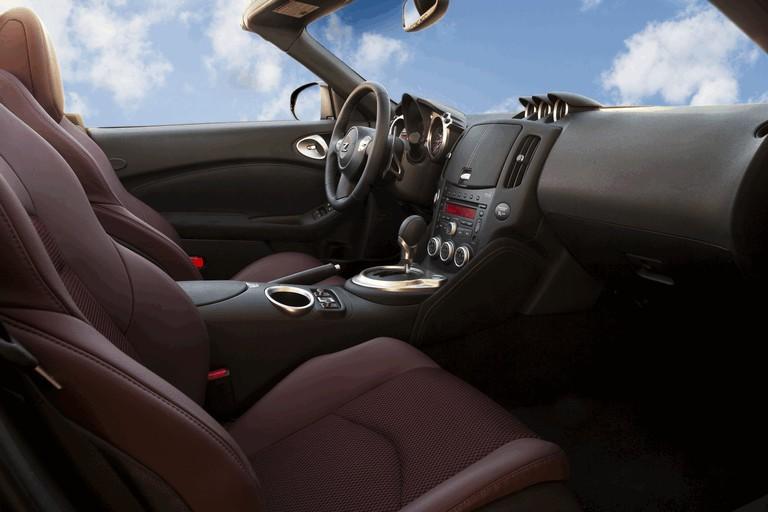 2010 Nissan 370Z roadster 255290