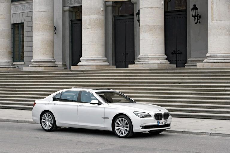 2009 BMW 760Li 255608