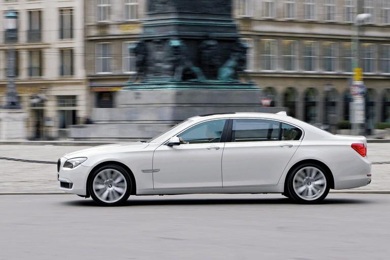 2009 BMW 760Li 255609