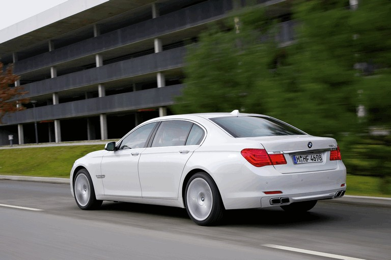 2009 BMW 760Li 255616