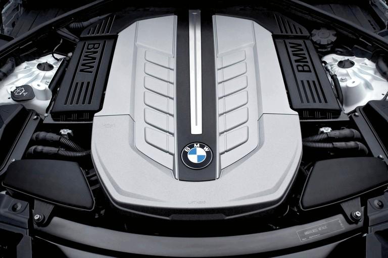 2009 BMW 760Li 255624