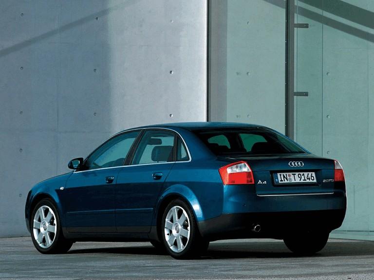 2000 Audi A4 sedan 256709