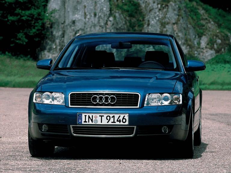 2000 Audi A4 sedan 256712