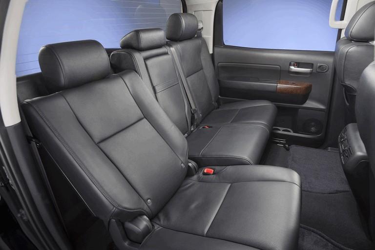 2010 Toyota Tundra CrewMax - Platinum package 257399