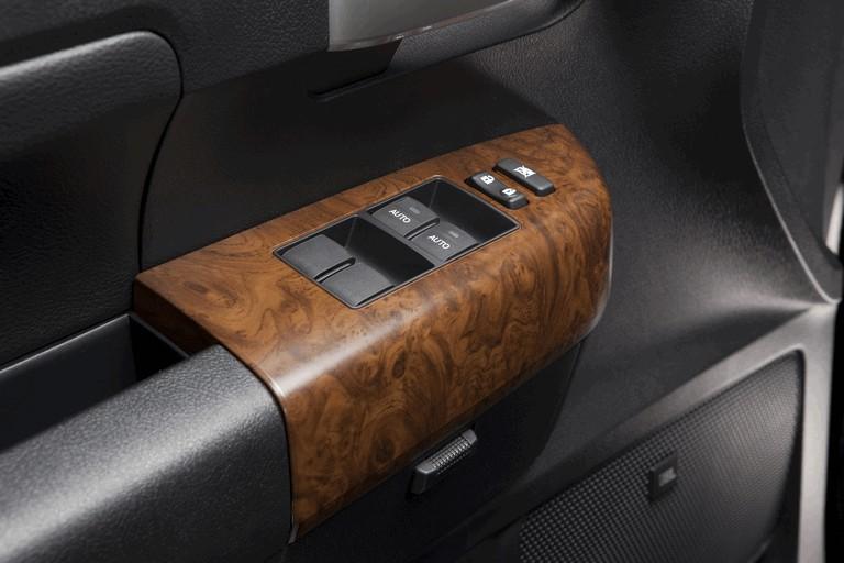 2010 Toyota Tundra CrewMax - Platinum package 257402