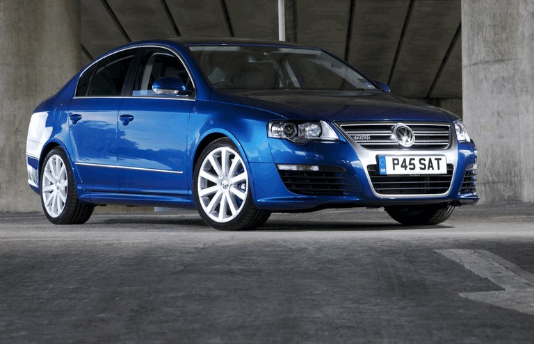 2008 Volkswagen Passat R36 - UK version 258891
