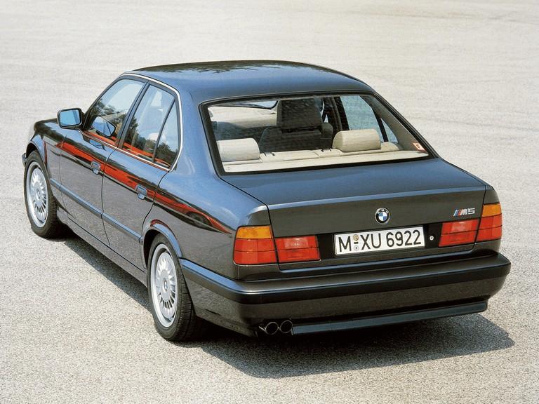 1988 BMW M5 ( E34 ) 259900