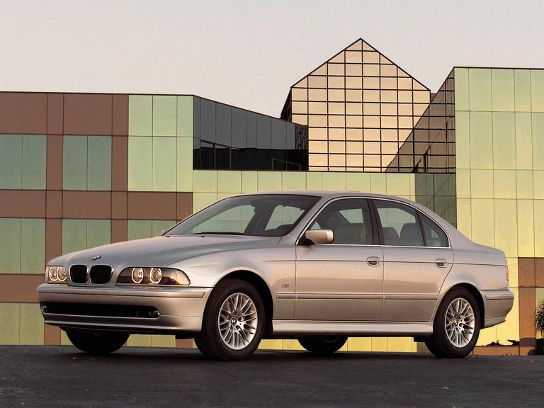 2000 BMW 530i ( E39 ) 260234