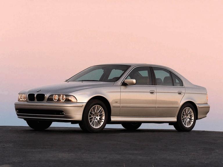 2000 BMW 530i ( E39 ) 260235