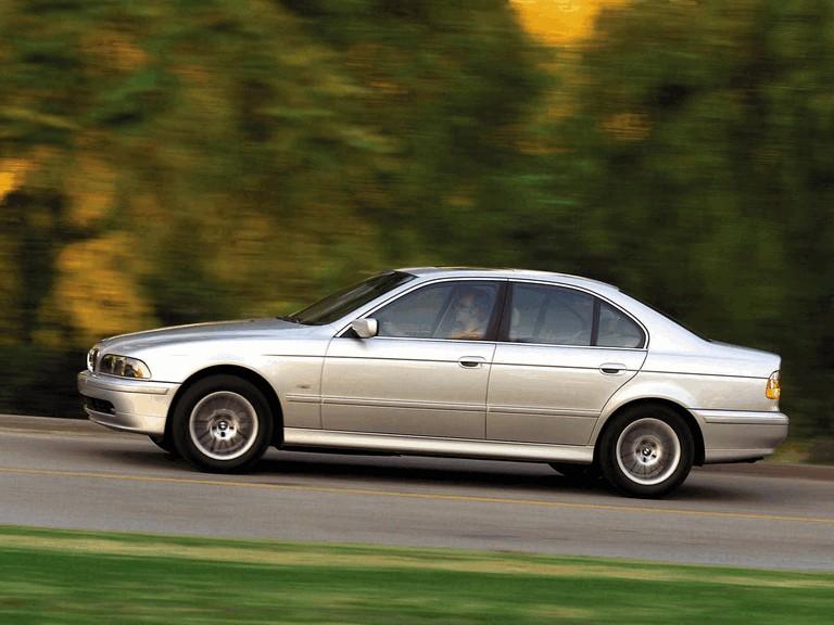 2000 BMW 530i ( E39 ) 260239