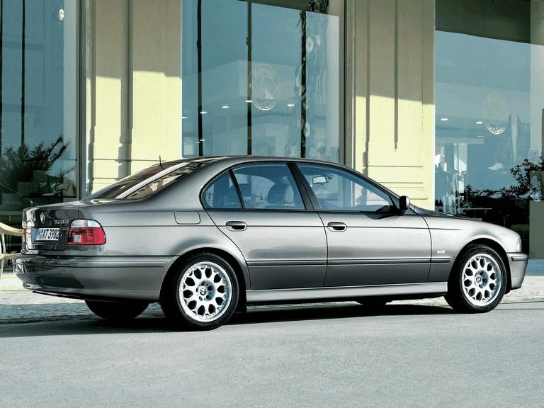 2000 BMW 530i ( E39 ) 260240