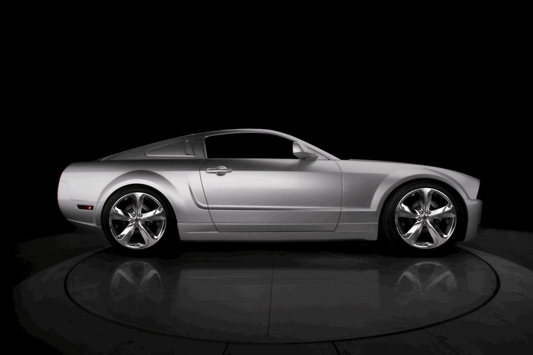 2009 Ford Mustang - 45th anniversary - silver edition for Lee Iacocca 261218