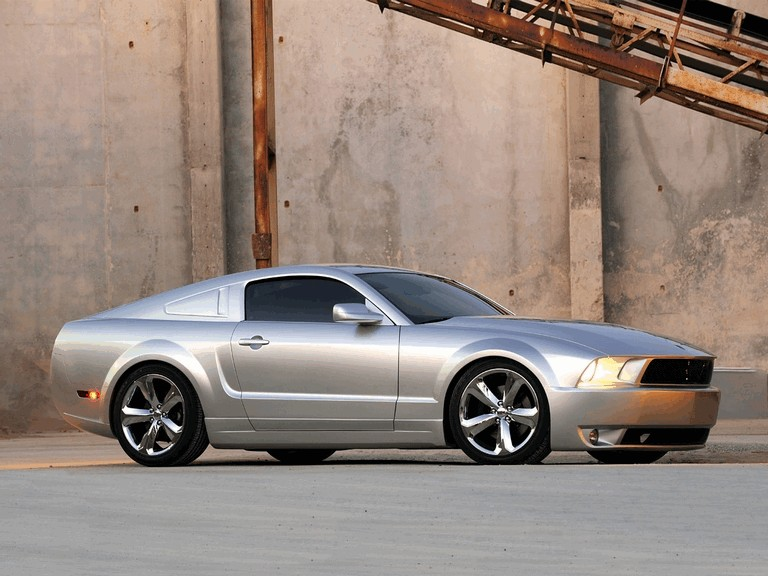 2009 Ford Mustang - 45th anniversary - silver edition for Lee Iacocca 261224