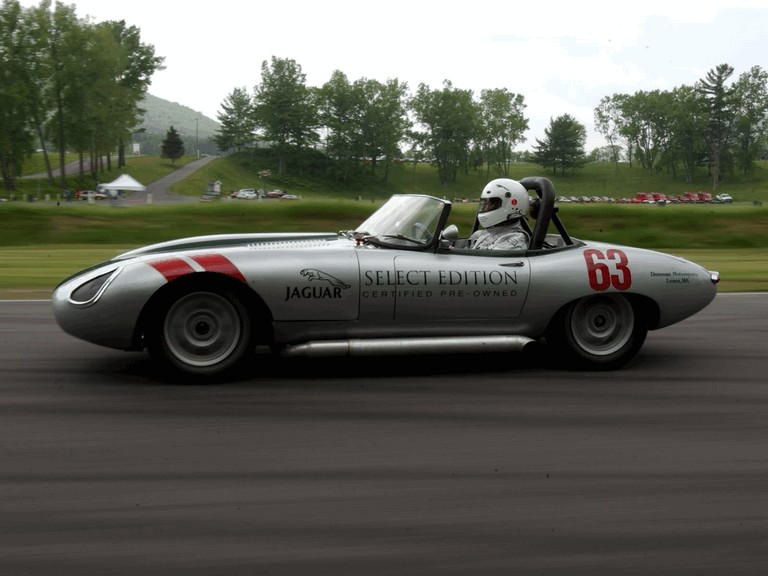 1963 Jaguar E-Type Select Edition Roadster Show Car #63 (2004 Season) 194782