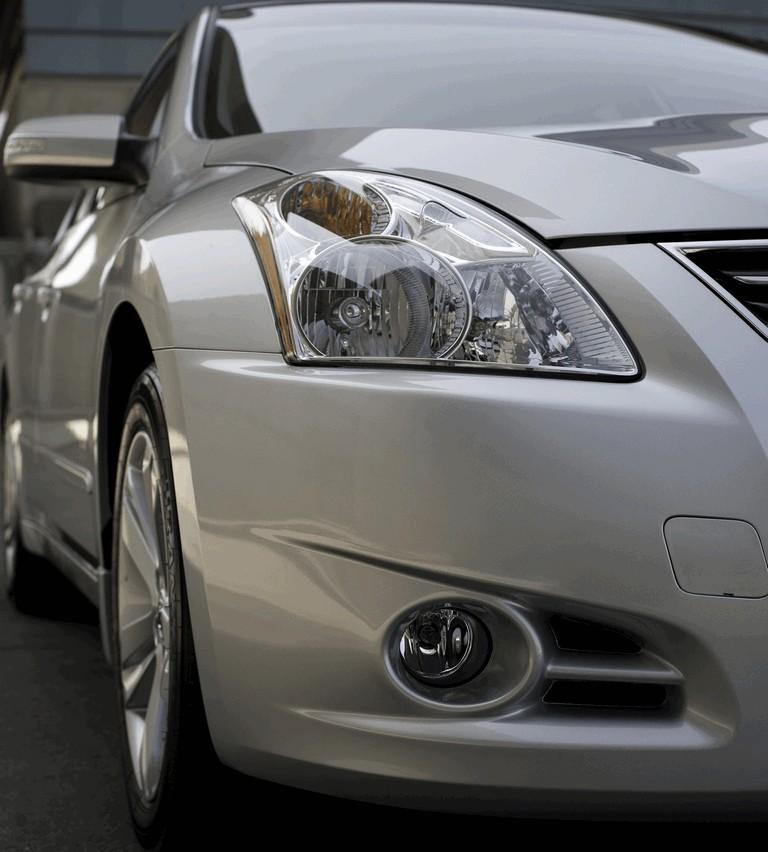 2010 Nissan Altima sedan 267663