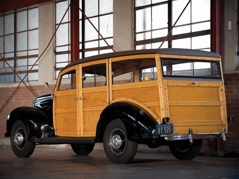 1939 Ford Deluxe Station Wagon 269014