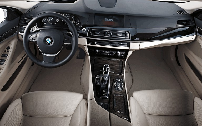 2010 BMW 5er ( F10 ) 270536